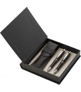 Charles Dickens Pen and Roller Set